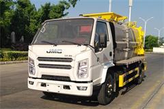 江铃3吨餐厨垃圾车多少钱,优质餐厨垃圾车供应