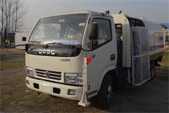 东风3吨城市护栏清洗车价格_图片_配置_厂家